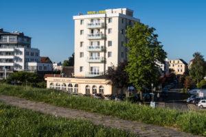 Seehotel Neue Liebe – Seehotel Neue Liebe Cuxhaven mit Meerblick