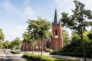 Martinskirche Cuxhaven Ritzebüttel direkt am Schlosspark vom Schloss Ritzebüttel