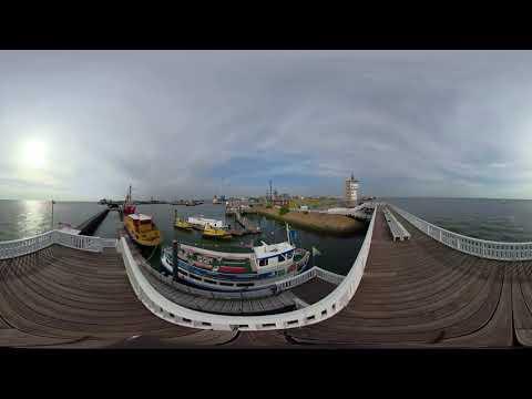 alte liebe cuxhaven 360 video - Webcam Havenhostel Cuxhaven mit Blick auf Amerikahafen