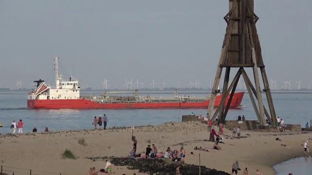 cuxhaven kugelbake schiffe sonne - Große Schiffe vor Cuxhaven - Cuxhaven Schiffe gucken