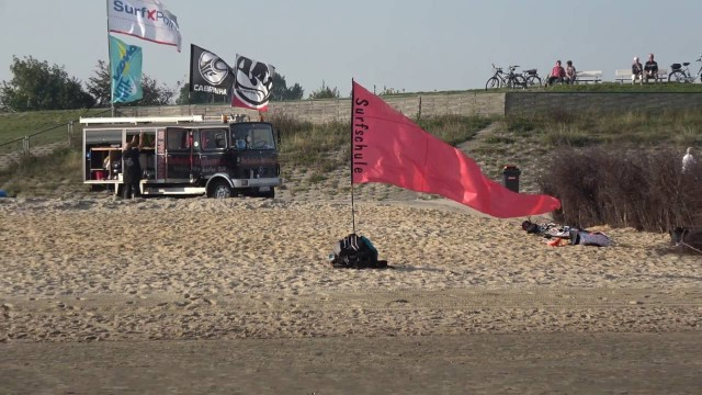 strand in cuxhaven an der kugelb - Webcam Kugelbake Cuxhaven in Cuxhaven Döse [ Video ]