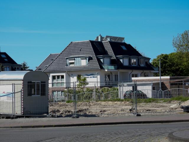 Abrissarbeiten am Duhner Kreisel - Webcam Duhnen Strandperle - Live Webcam Cuxhaven Duhnen