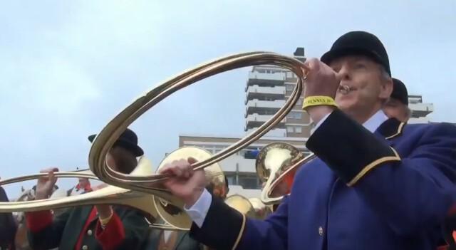 Eroeffnung Duhner Wattrennen vor Strandhotel Duhnen 2 - Duhner Wattrennen 2013 - Eröffnung mit Minsterpräsident Stephan Weil [ Video ]