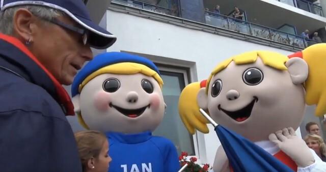 Eroeffnung Duhner Wattrennen vor Strandhotel Duhnen 3 - Duhner Wattrennen 2013 - Eröffnung mit Minsterpräsident Stephan Weil [ Video ]