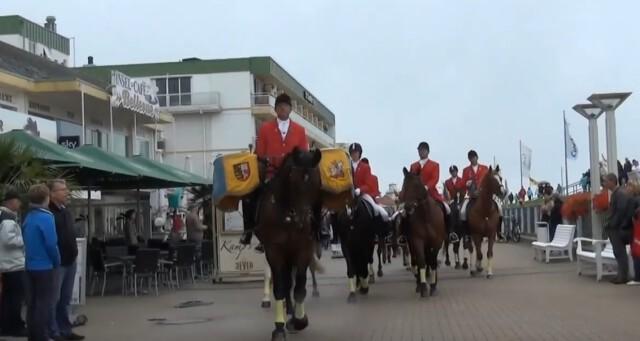 Eroeffnung Duhner Wattrennen vor Strandhotel Duhnen 7 - Duhner Wattrennen 2013 - Eröffnung mit Minsterpräsident Stephan Weil [ Video ]