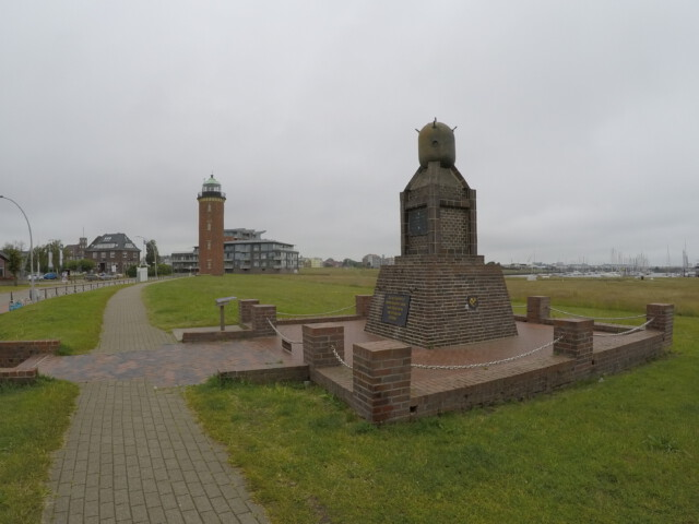 Minensucher Ehrenmal - Minensucher-Ehrenmal in Cuxhaven an der Alten Liebe