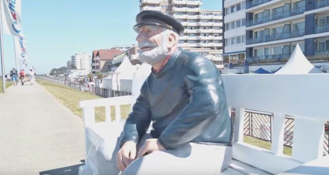Der alte Seemann vom Duhner Reichstag Cuxhaven Tourismus