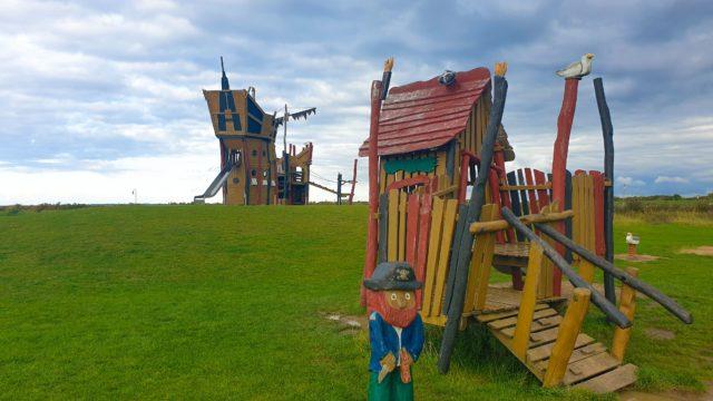 Erlebnisspielplatz auf der Leuchtturmwiese in Dorum-Neufeld