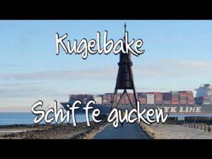 Schiffe gucken an der eisigen Kugelbake in Cuxhaven