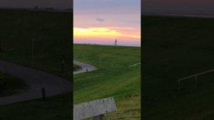 Sonnenuntergang Dorum Neufeld – Sonnenuntergang am Leuchtturm