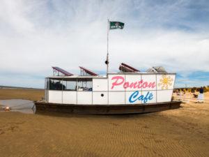 Ponton Cafe