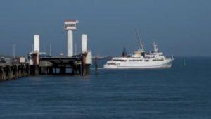 MS Helgoland fährt zur Insel Helgoland